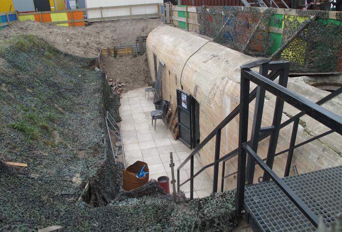 1b. bunker